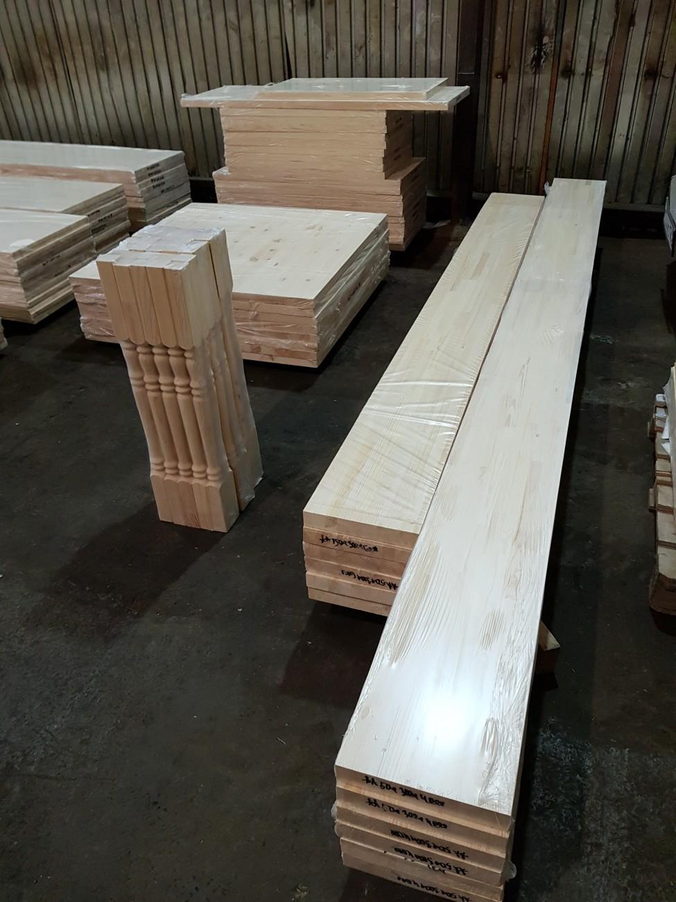 тетивы, косоуры и другие элементы деревянной лестницы